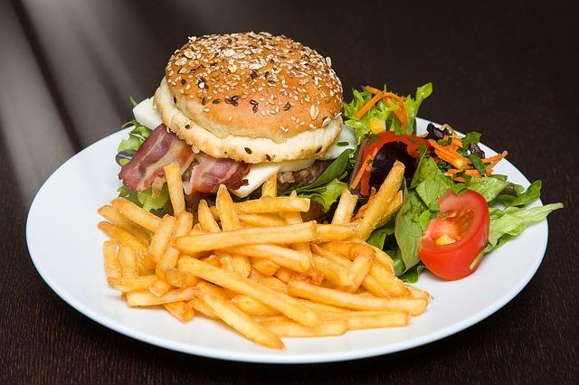 栄養不足高カロリー